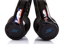 Da Baddest Headphones / Music Is Guud For Da Soul!!