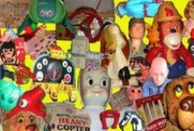 toys antique, vintage or retro / by Carrie Veda