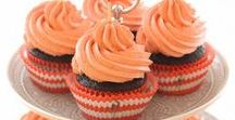 Pretty Cupcakes + Recipes / A collection of beautiful cupcakes.