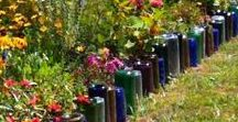 Recycling in the Garden / From DIY compost bins to wine bottle garden walls, there are tons of fun and creative ways to be more environmentally friendly in the garden! At #BackHomeontheFarm, we like to encourage folks to reuse whenever possible and add some sass to their gardens. backhome-onthefarm.com