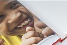 """livre photo Inde du nord / Artbook issu de la Collection Voyage dans le temps : """"Inde du Nord, l'instant présent"""", un livre imprimé et partagé en ligne. Un recueil photo de 60 pages, jalonné de proverbes indiens et abordé sous 3 angles thématiques : « Face-à-face », une série de portraits d'Indiens de tout âge ; « Un Indien dans la ville », des scènes de vie prises sur le vif ; et « Brahma, Vishnou, Shiva », des images imprégnées de spiritualité. Bon voyage ! http://issuu.com/pessinger/docs/artbook_inde_du_nord"""
