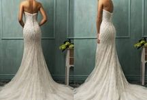 Wedding dresses / by Cris Cost