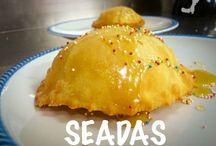 I nostri piatti della tradizione sarda... / I piatti della tradizione sarda preparati nel nostro locale
