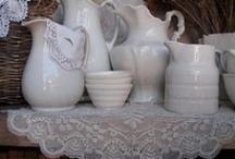 Porcelaine  / Précieuses Porcelaines Blanches ....