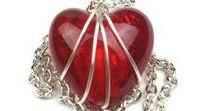 Valentines Day Gifts / #Valentinesdaygifts #jewelry #jewellery #forher, #forhim, #formom, #forwife, #forgirlfriend or as a #treatforyourself. #heartjewelry #bracelets #necklace