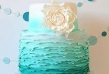 Designer Cakes / Your wedding cake should make a statement before it gets cut into pieces...