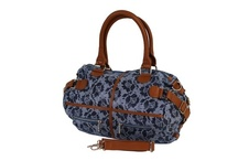 Fashion Bag / We sell fashion bag at our online bag store with worldwide shipping. http://www.transfashions.com/en/women/bags.html