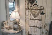 SHABBY CHIC - VINTAGE / by Norma Arvizu