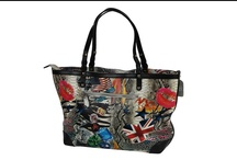 Leather Tote Handbag / A blend of style, elegance and trendy visual impact that comes along with this Leather Tote Handbag. http://www.transfashions.com/en/women/bags/leather-tote-handbag-2.html