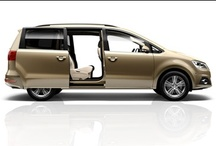 SEAT Alhambra - Inteligentní všestrannost / Nový SEAT Alhambra nabízí mnohem více místa pro rodinu, podnikání i koníčky než dříve. Díky své zvýšené variabilitě splní jak rodinné potřeby, tak i požadavky řidiče na dlouhých služebních cestách. Na každém kilometru oceníte sportovní charakter a radost z jízdy ruku v ruce s mimořádnou praktičností.