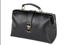 Women Evening Bag / Women Evening Bag This women evening bag made up cow finish leather.  http://www.transfashions.com/en/women-evening-bag-1.html