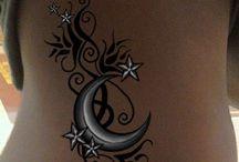 Tattoos & Piercings / by Jen Groszewski