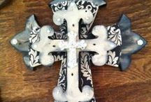 COLLECTIBLES--CROSSES / by Melissa Robinson