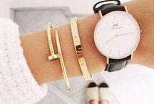 Fashion accessory / kabelky, klobouky,brýle,šperky...