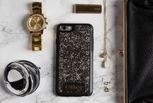Crystal Edition / Showcase your iPhone 6/6s with the OtterBox case adorned with genuine Swarovski crystals.