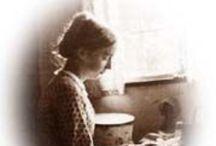 TASHA TUDOR (1915-2008) / Author, Illustrator, Renaissance Woman. / by MaryAnne Rether