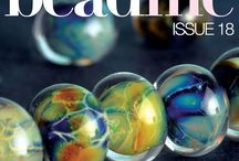Bead Me 18 - Lampwork / Dive into the marvelous world of lampworking with Bead Me Issue 18. You'll not only learn how to make lampwork beads, you'll meet some fabulous glass artists and find projects for making beautiful pieces with these beads. You won't want to miss this special issue on one of the most stunning crafts there is! Plus, this issue is totally FREE! www.beadmemagazine.com / by Bead Me Magazine