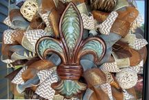 Wreath fun / Fun DIY and other wreaths! / by Carole Hardin