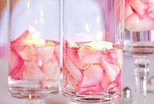 Valentine's Day Candles / What's more romantic than candlelight? Make this Valentine's Day extra special with thoughtful decor and soothing ambiance. Candle Impressions Flameless Candles not only make for safe lighting, but great Valentine's Day gifts too!