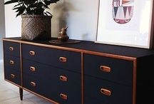 Chests/drawers/sideboards/cupboards