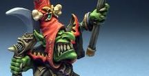 Warhammer Goblin miniatures (stand alone) / A collection of High quality painted Warhammer Goblin miniatures placed on small sockets.