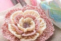 Вязание цветов.