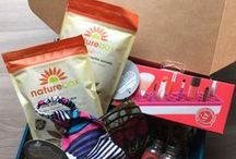 This Month's PijonBox / Take a look at some of the products we put in our box this month! Great gift for college students!