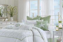 Nice bedroom / by Lydia Zarnay