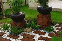 piccoli giardini / La giusta combinazione di essenze e materiali, per rendere magico anche un piccolo spazio
