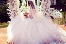 ❀༺Wedding Dress༺❀ / by Bilqhis