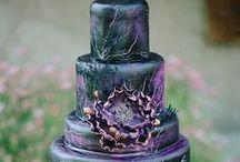 Cakes / by Myriam