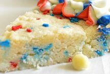 Red White & Blue / Celebrate your patriotism with these Red, White and Blue Recipes!  / by House of Yumm