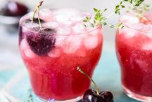 Cocktail Recipes / Cocktail recipes. Margaritas, bellinis, mimosas, sangria, old fashioned, vodka, tequila, bourbon,