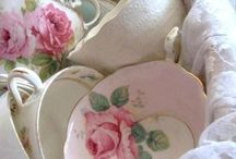 Servies☀❤ / by Astrid Ebbe