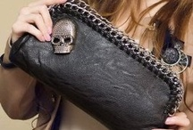 Bags/clutches/purses / womens must have