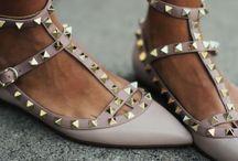 S T R U T / Shoes