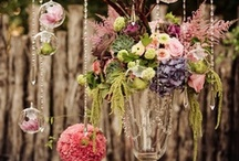 WeddingFlowerbeds / Make your wedding smelling like roses. / by Carla Fluorescent