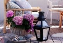 < Balcony style >