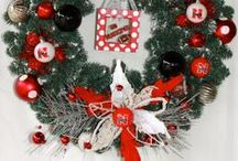 A Husker Holiday / Celebrating the holidays with Husker themed decor. #HuskerHoliday / by University of Nebraska–Lincoln