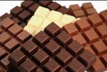 Schokoladenfarben / Wäre es nicht schön, wenn das Leben aus Schokolade bestünde? Wenn man sich einmal genauer umsieht, kann man rundherum zumindest viele schokofarbene Dinge entdecken. Erdbraun, kaffeebraun, kastanienbraun, rostbraun – schokoladenbraun bleibt unsere Lieblingsnuance!