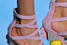 These shoes are made for struttin'... / ...and dreamin'