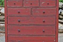 Primitive Furniture  & Accessories  / by liz levan