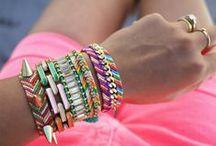 Jewelry | Bracelets / by Daisy Osinga