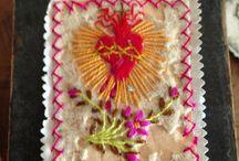 Escapularios & corazon sagrados / Scapulario, reliquary, sacred heart / by Cristina Becchio