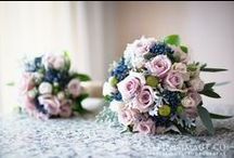 Fabulous wedding flowers / Bouquets, button holes, table arrangements... here's some beautiful floral ideas right here!!