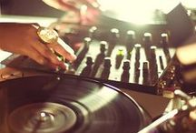 Audioholic / Vinyl, Synthasizers, Turntables, Music, Hiphop, Electronica and More. Sound, EDM, Junglism.