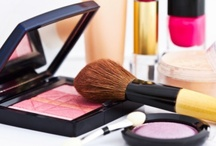 Tips for Makeup w/ Contact Lenses  / Do It Yourself #makeup tips when you're a contact lens wearer, or when teaming contact lenses with an outfit. #makeuptips #eyemakeup #makeup #contactlens