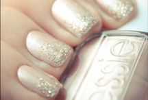 RACHELLE'S NAIL / Nothing beats a great manicure and pedicure.  Get some great ideas here, and get RACHELLE's look.