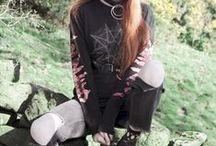 Olivia Harrison - Olivia Emily / Women's fashion meets music.
