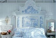 Romantic bedroom decor / by Wendy Williams Burr